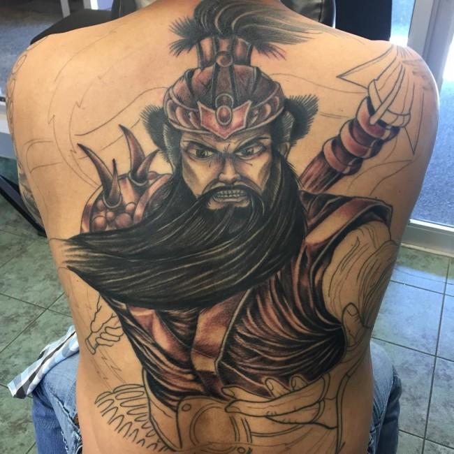 tatouaz-epta-shmeia-andrikou-gia-na-xehwrizei-kai-na-kanei-th-diafora-mensdaygr